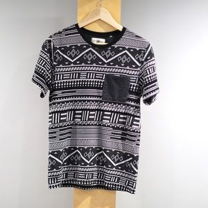 On The Byas Shirt Mens Small S Black White Aztec